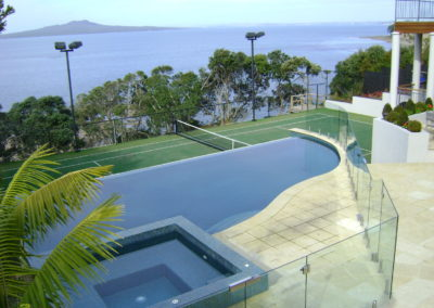 Weir Edge Swimming Pool and Fully Tiled Spa Pool